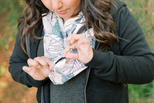Load image into Gallery viewer, Gabrielle Infinity Scarf With Pocket