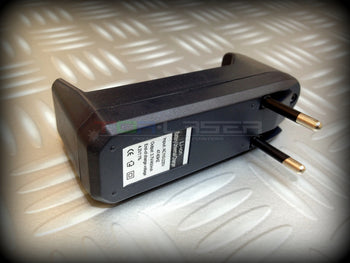 Universal Charger Rechargeable Batteries