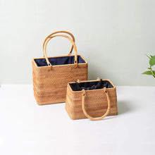 Load image into Gallery viewer, Rattan Bag - Straw Bag - Bali Bag - Handbag - Vintage Straw Bag - Vintage Bag - Top handle Bag - Woven Rattan Bag - Woven Bag