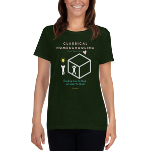 "Classical Conversations Homeschool ""Thinking Outside The Box"" T-shirt - CC - Clove And Lime Design Shoppe"