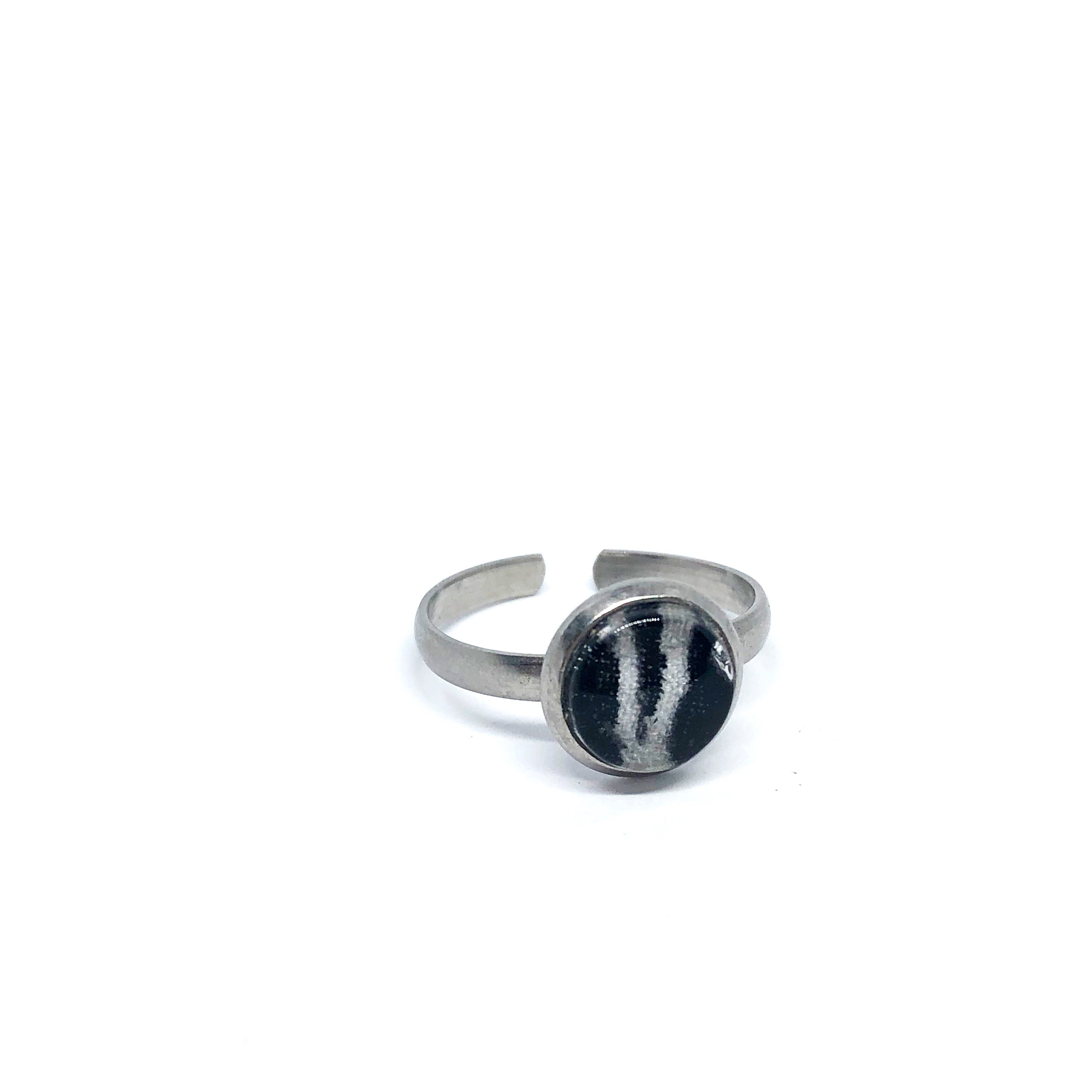 8mm Zebra adjustable ring