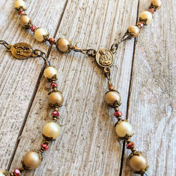 Our Lady of Sorrows Servite Rosary - Bronze tone & Champagne Pearl