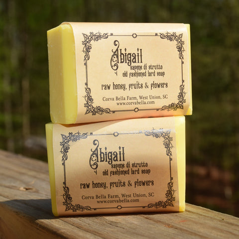 ABIGAIL lard soap - Raw honey, fruits & flowers