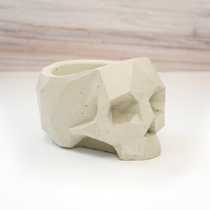 Geometric Skull Vessel - Natural