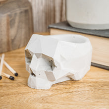 Load image into Gallery viewer, Geometric Skull Vessel - Natural