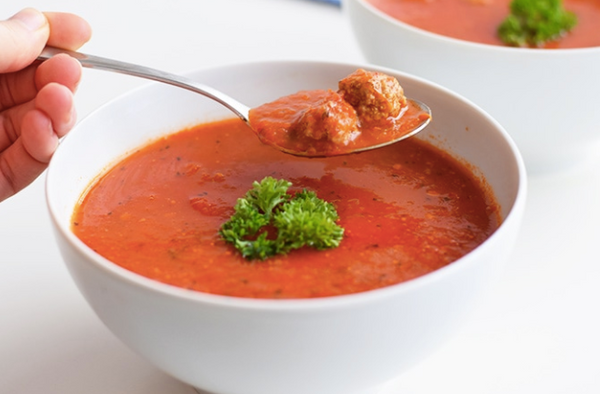 Tomato Soup with Balletjes