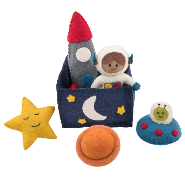 Felt toys play set outer space