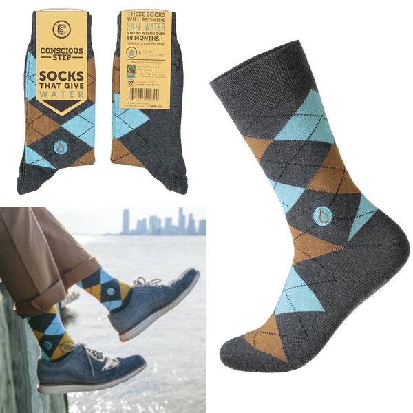 socks that give water - colourful argyle