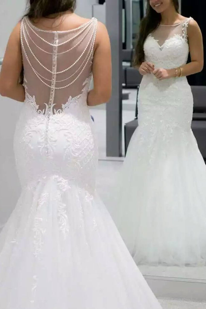 2019 Scoop Mermaid Tulle Wedding Dresses With Applique And Beads