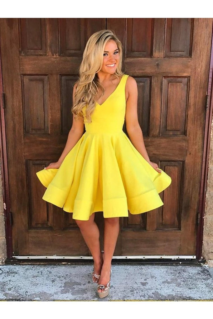 V Neck Short Graduation Formal Homecoming Dresses