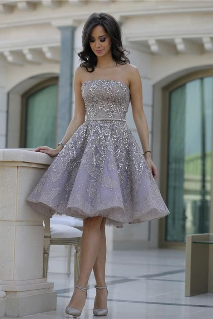 2019 Strapless Homecoming Dresses A Line Lace With Beading Knee Length