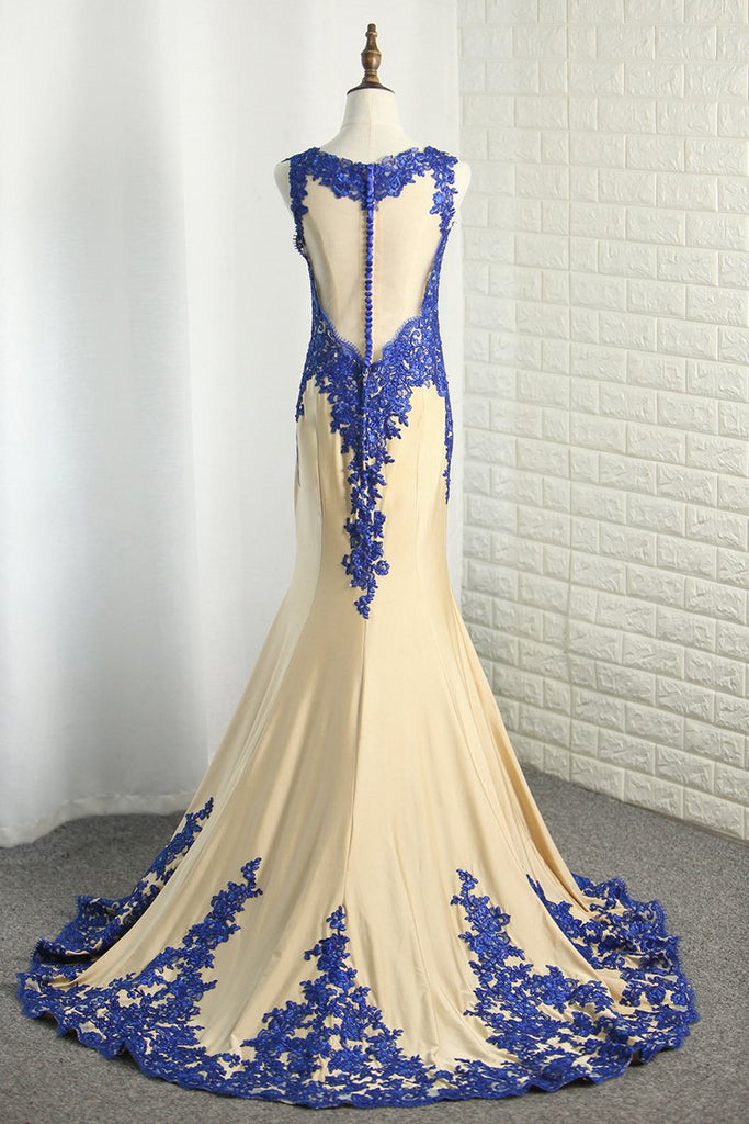 Mermaid Spandex Scoop Prom Dresses With Applique Sweep Train