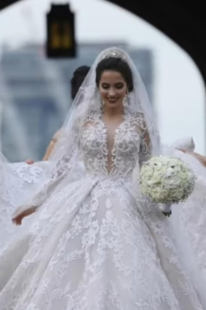 2019 Luxurious Long Sleeves Scoop A Line Lace Wedding Dresses With Pearls Royal Train