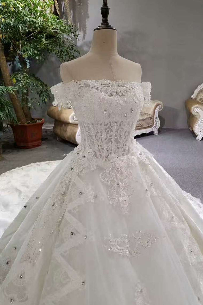 2020 Luxurious Satin Wedding Dresses Lace Up Boat Neck With Appliques And Sequins