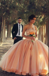 Blush Pink Tulle Ball Gown Sweetheart Bridal Gowns With Rhinestones Quinceanera Dresses WK89