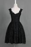 Classic Scoop Sleeveless Knee-Length Black Lace Homecoming Dresses WK460