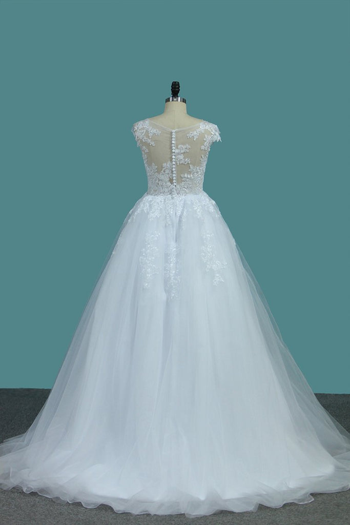 2019 Tulle A Line Scoop Wedding Dresses With Applique Sweep Train