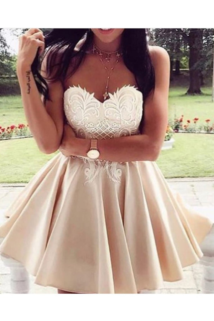 Sweetheart Homecoming Dresses A Line Satin With Applique
