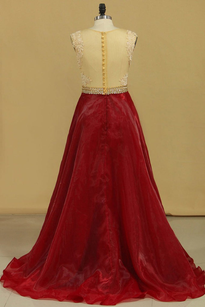 Scoop A Line Prom Dresses Organza With Sash & Applique Burgundy/Maroon