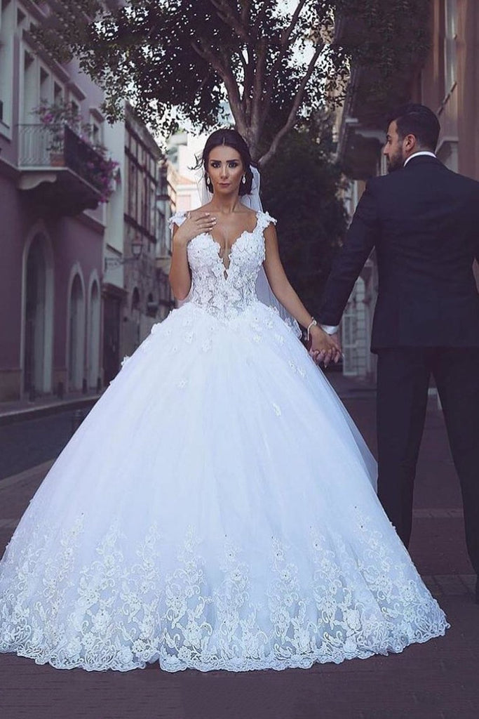 2019 Off The Shoulder Wedding Dresses Tulle With Applique A Line Court Train