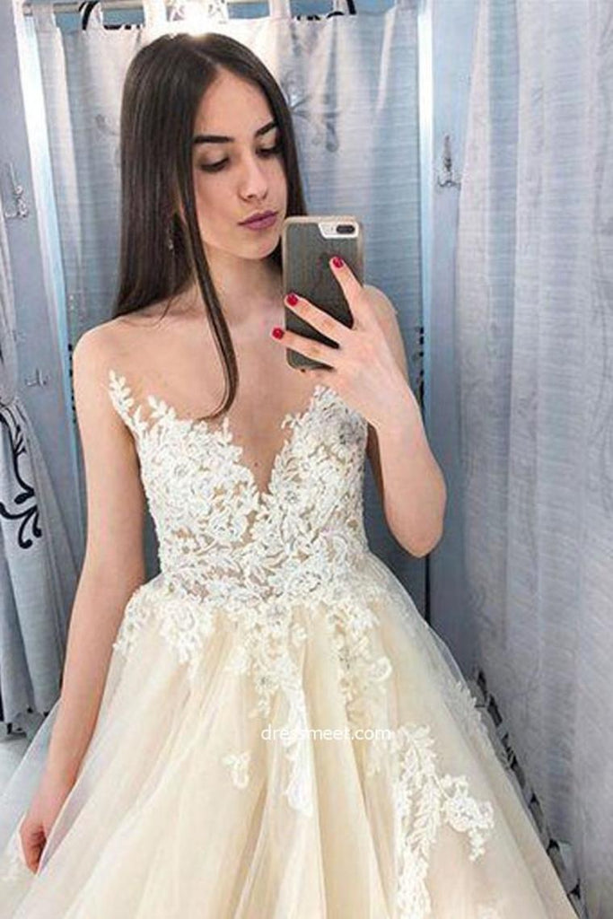 Scoop Neckling Long Ball Gown Ivory And Chanpagme Elegant Princess Prom Dresses
