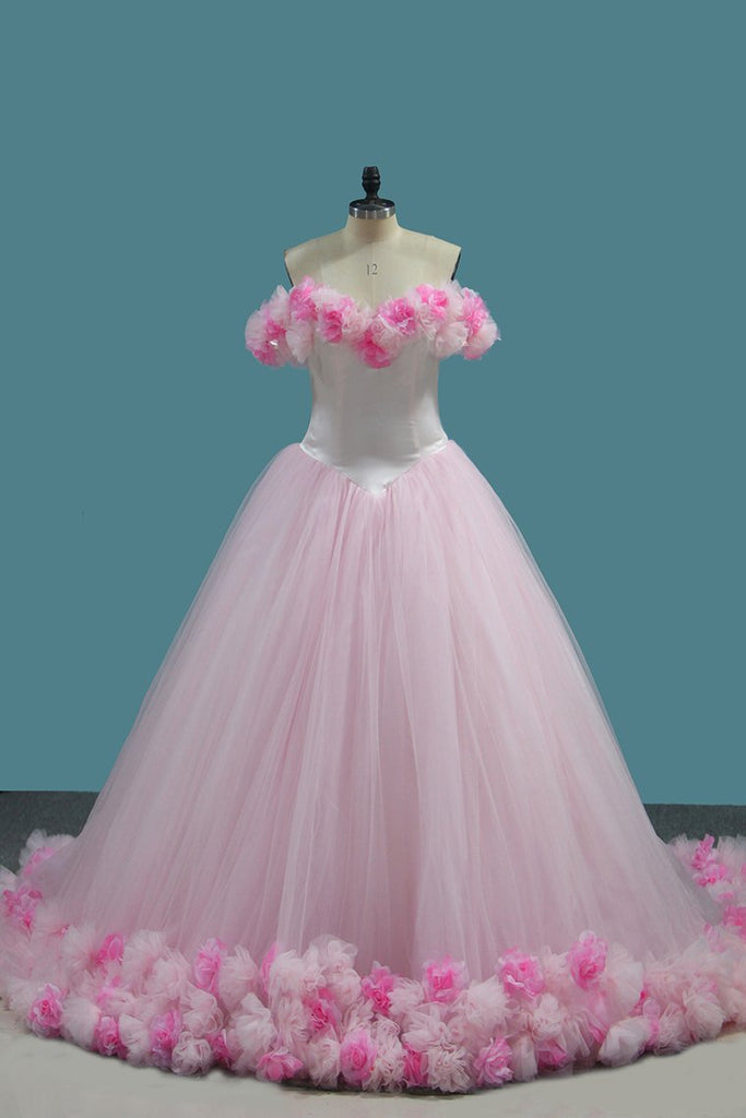 2019 Tulle Ball Gown Off The Shoulder Quinceanera Dresses With Handmade Flower