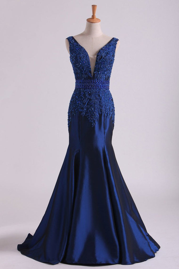 2019 V Neck Mermaid Prom Dresses Taffeta With Beads And Applique Sweep Train