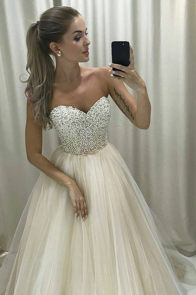 2019 New Arrival Sweetheart A Line Tulle Wedding Dresses With Beading