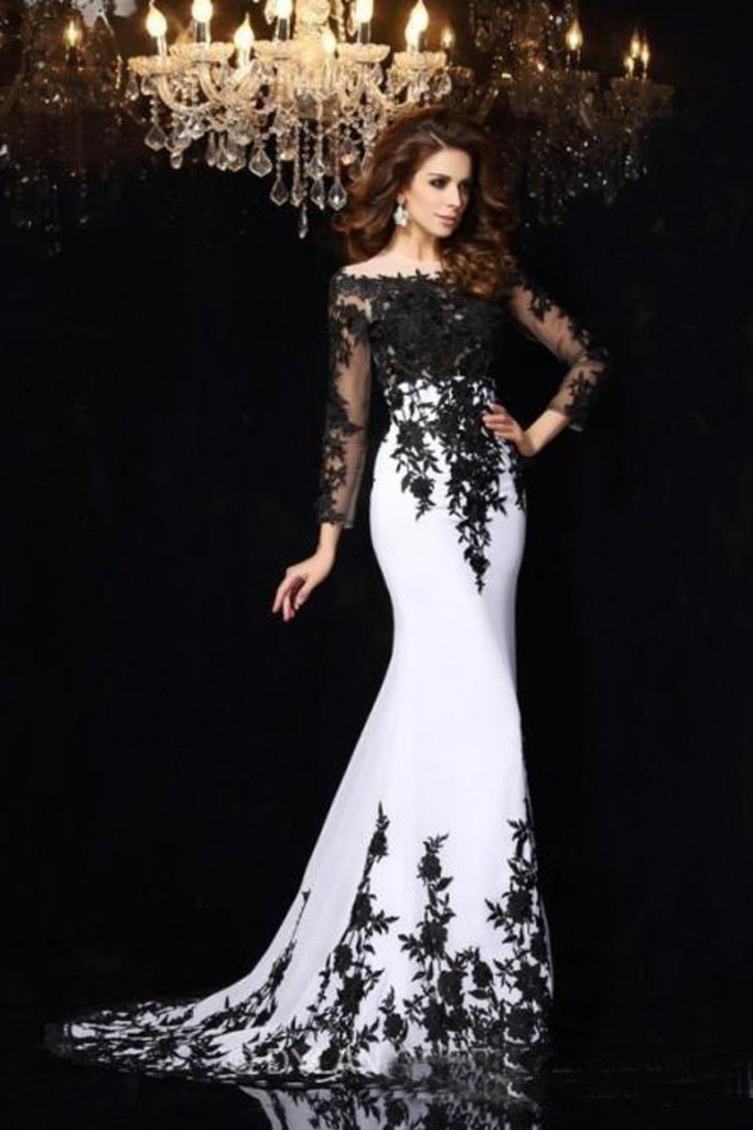 2019 Long Sleeves Prom Dresses Boat Neck Spandex With Applique Sweep Train