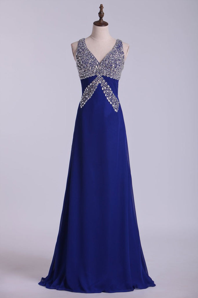 2019 Prom Dresses Halter Open Back A Line Chiffon With Rhinestone Dark Royal Blue