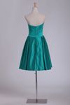A Line Sweetheart Satin Short/Mini Homecoming Dresses