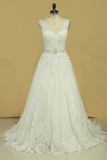 2019 Bridal Dresses A Line V-Back Tulle Chapel Train V-Back Applique & Sash