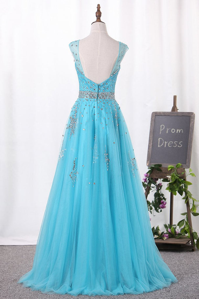 2019 V-Neck A-Line Prom Dresses Tulle With Beadings Open Back Zipper Up