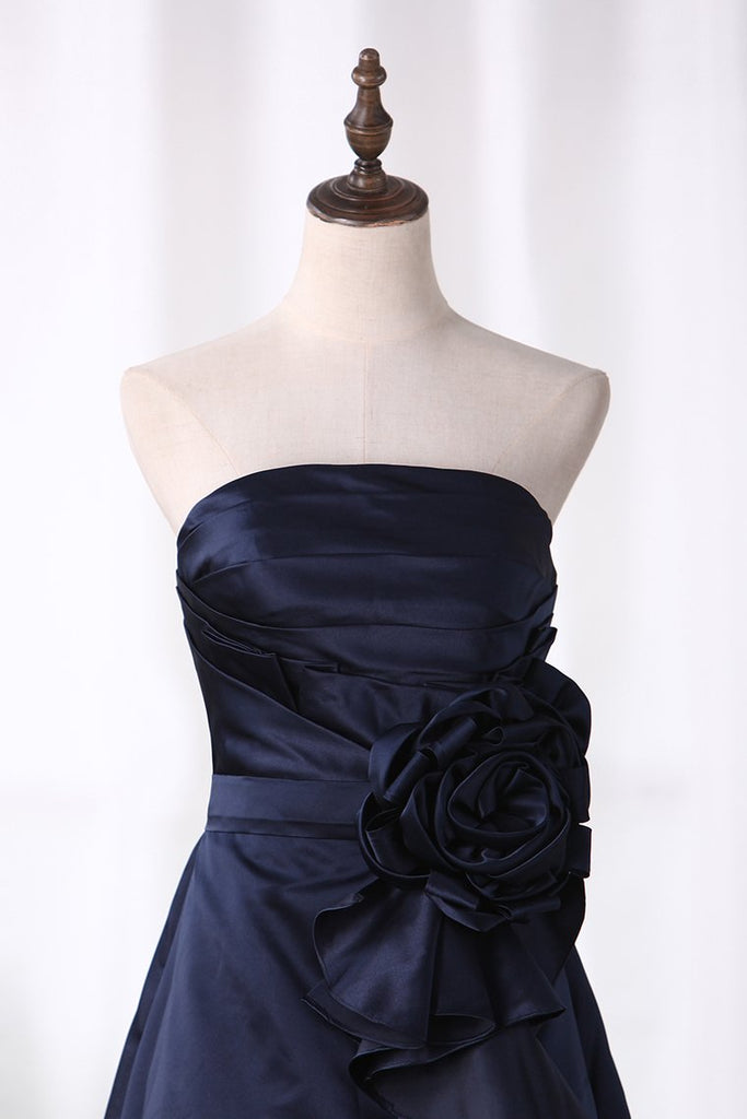 2020 A Line Bridesmaid Dresses Strapless Knee Length Satin With Ruffles