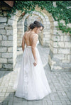 A line Lace Appliques Scoop Prom Dresses Backless Tulle Ivory Wedding Dresses WK509