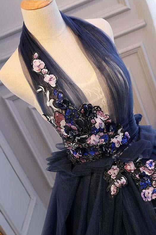 Ball Gown Blue Tulle Lace Long Prom Dresses Deep V Neck Backless Evening Dresses WK469