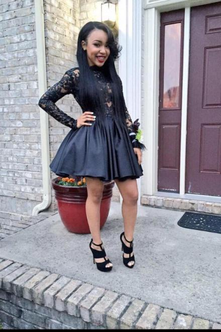 Black Long Sleeve Backless Satin Homecoming Dresses with Lace Short Party Dresses H1122