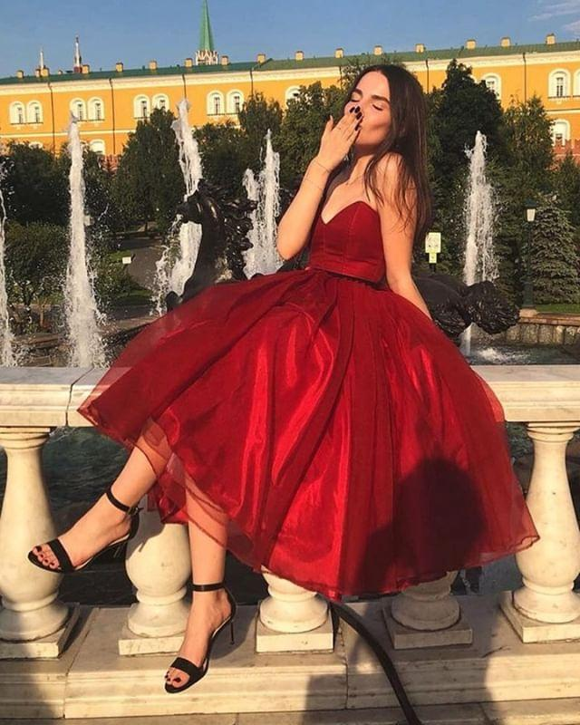 Chic Ball Gown Red V Neck Homecoming Dresses Strapless Tulle Short Cocktail Dresses H1097