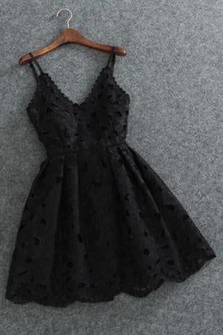 Cute Black Spaghetti Straps Homecoming Dresses Sweetheart Lace Short Prom Dresses H1058