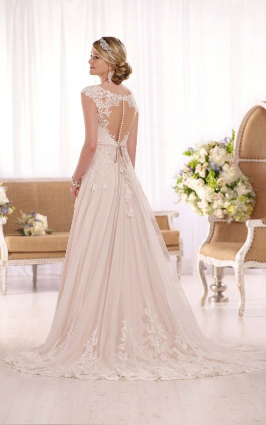 2020 Off The Shoulder Tulle With Applique Sash Court Train Sweetheart Ivory Wedding Dress WK575