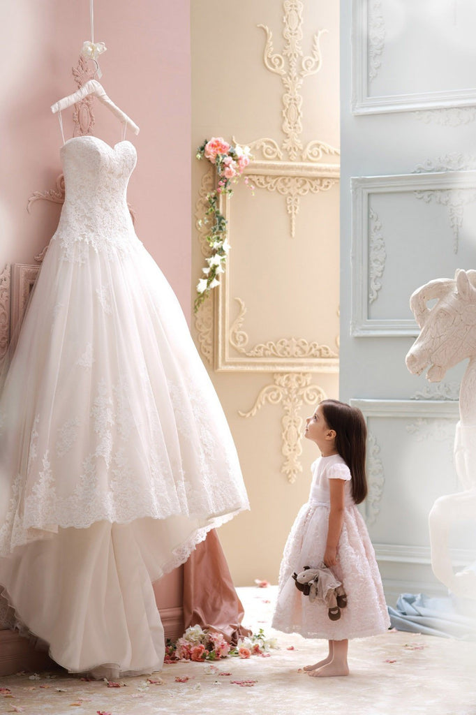 Charming Sweetheart Lace Appliques High-Low Tulle A-Line Wedding Gown WK116