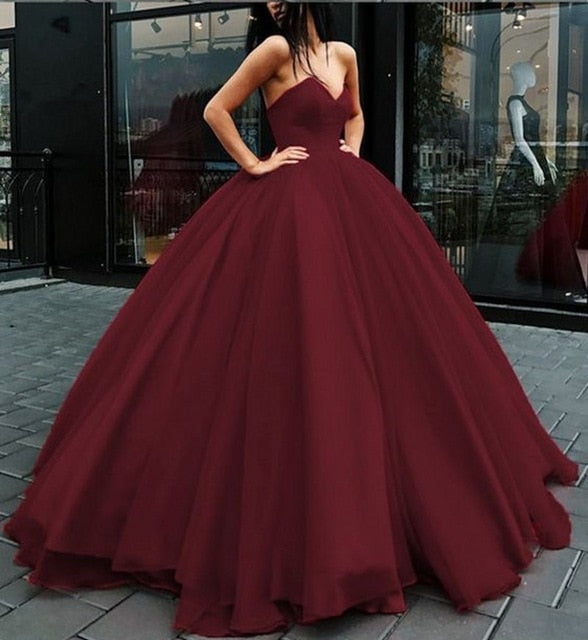 Black Sweetheart Ball Gown Beaded Princess Cheap Strapless Prom Quinceanera Dresses WK852