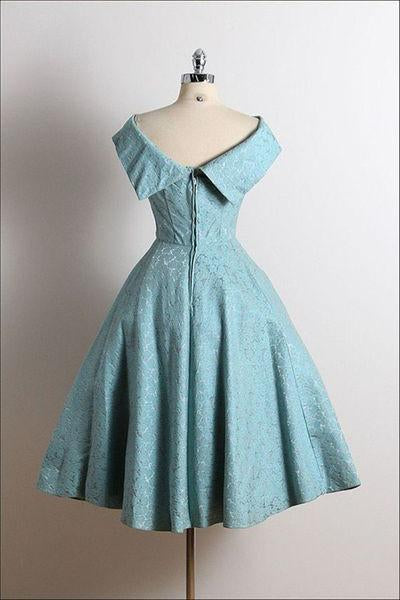 Cute Vintage Scoop A-Line Sleeveless Knee-Length Lace Blue Homecoming Dresses WK794
