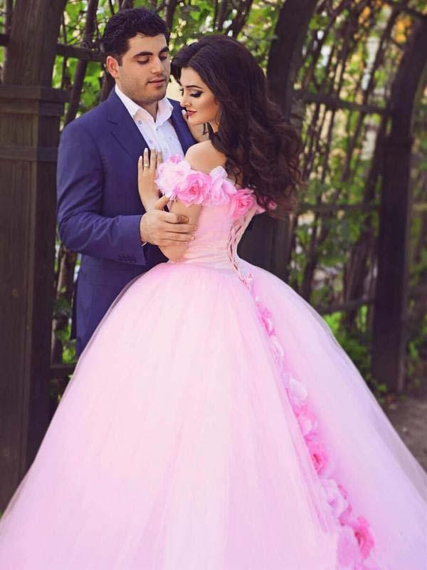Pink Cathedral Off the Shoulder Ball Gown Vintage 3D Flower Applique Wedding Dresses WK379