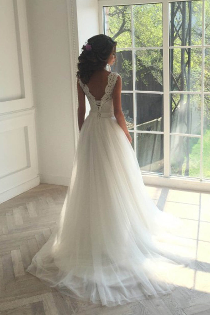 Charming white tulle lace round neck wedding dresses WK153