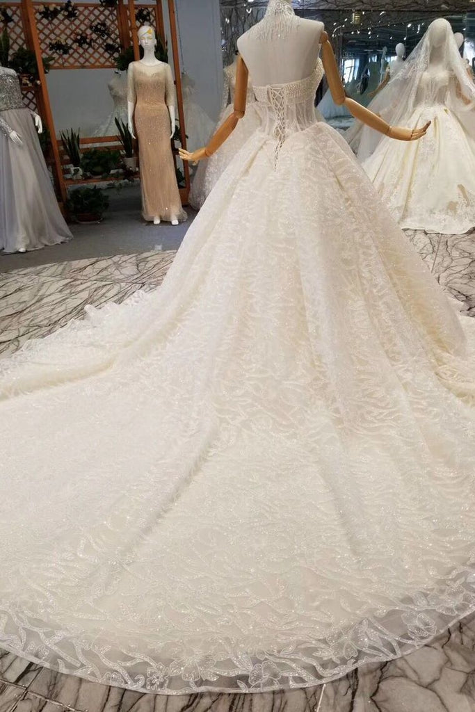 Luxury Wedding Dresses Halter  A-Line Lace Half Sleeves Open Back Cathedral Train Top Quality Lace