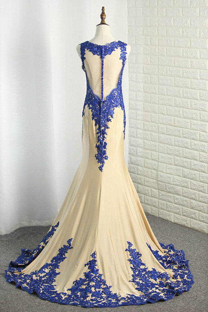 2019 Scoop Spandex Prom Dresses Mermaid With Applique Sweep Train