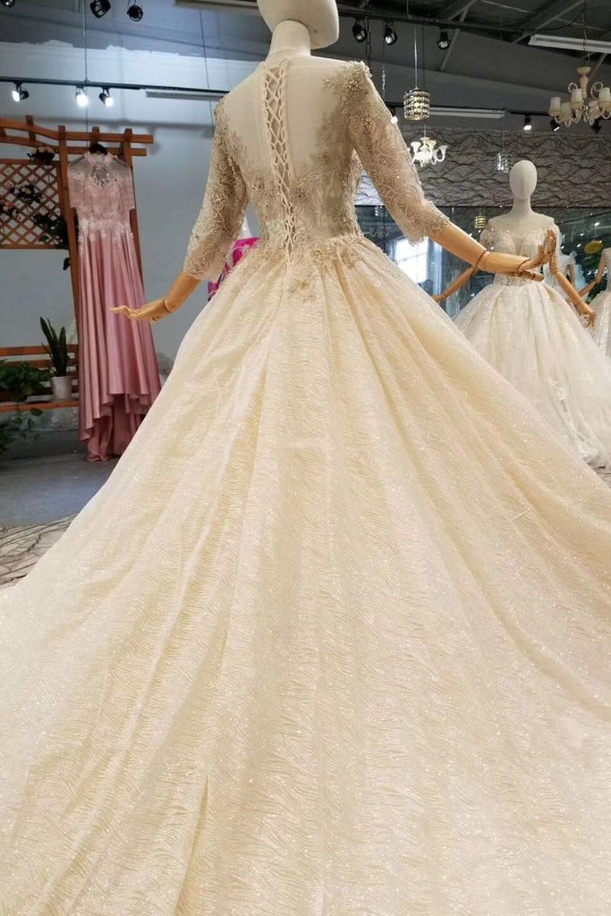 2019 Lace Wedding Dresses Scoop 3/4 Sleeves Lace Up Back Royal Train