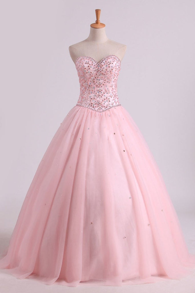 2019 Sweetheart Ball Gown Quinceanera Dresses Tulle With Beads And Rhinestones