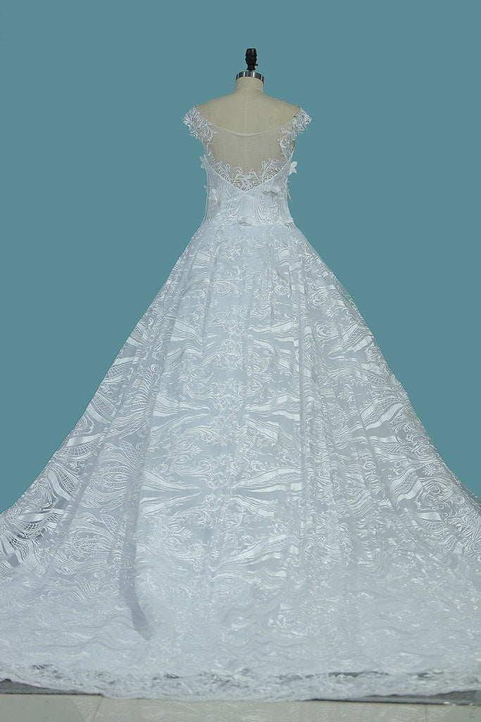 2019 New Arrival Wedding Dresses A Line Scoop Tulle With Applique Cathedral Train